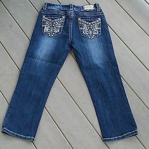 Women's Miss chic embellished capri jeans
